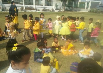 02-yellow-day