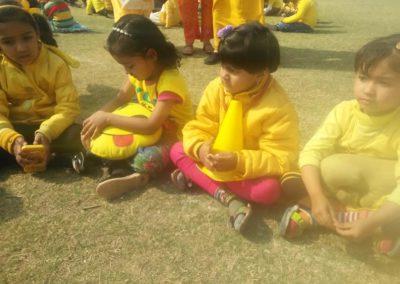 06-yellow-day