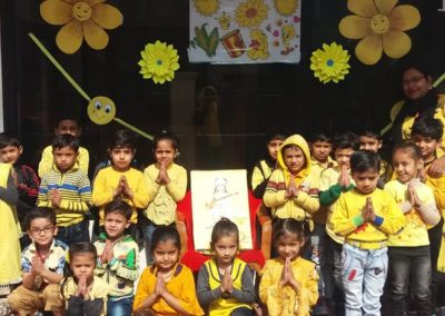 06-yellow-day-montessori